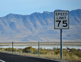 Texas icreases its speed limit in many areas. Image: CountyLemonade/Flickr/CC BY